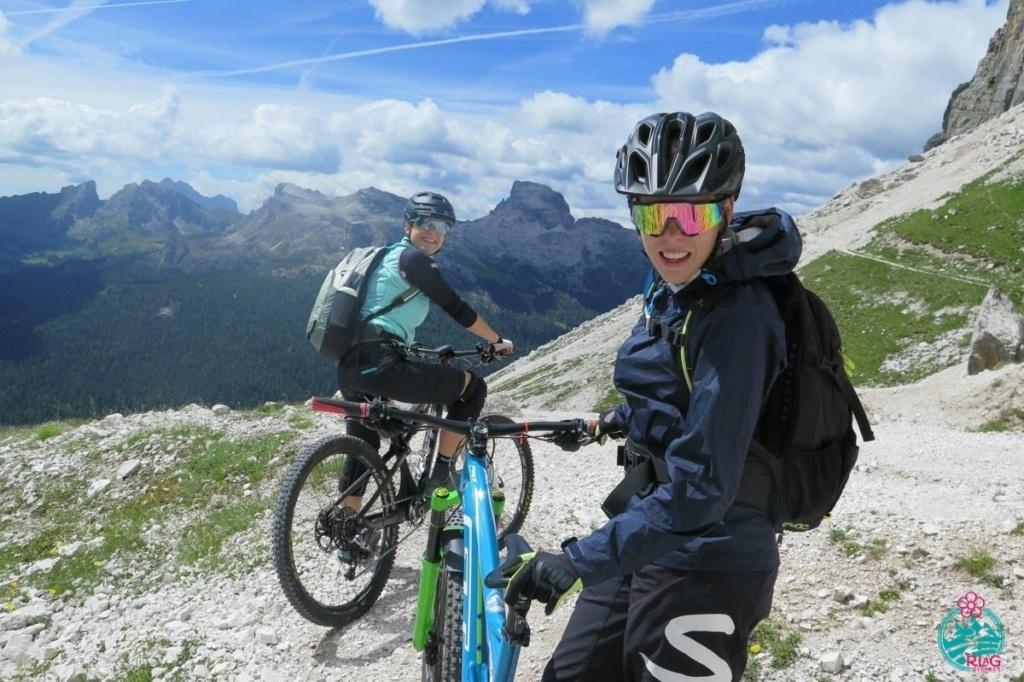 cortina in mountain bike segnavia 404